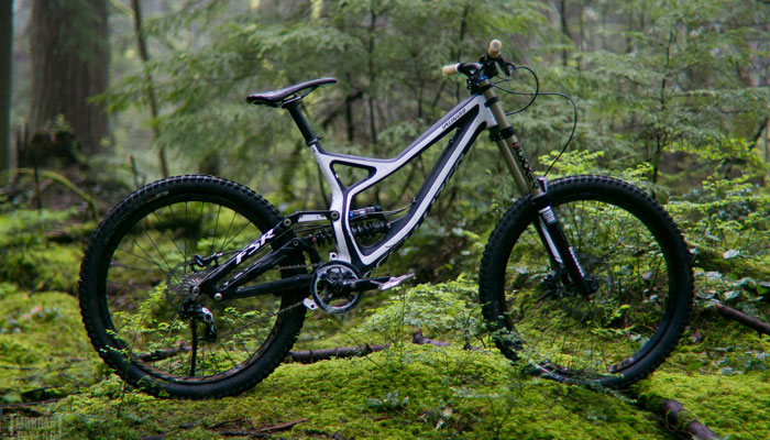 DOWNHILL MOUNTAIN BIKES