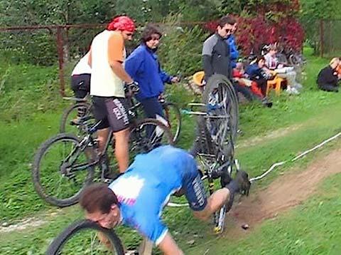 MOUNTAIN BIKING ACCIDENTS - MTB TREKS