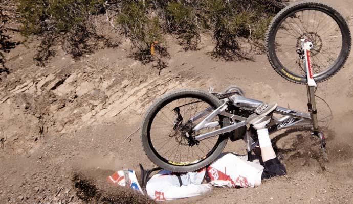MOUNTAIN BIKING ACCIDENTS - FACEPLANT