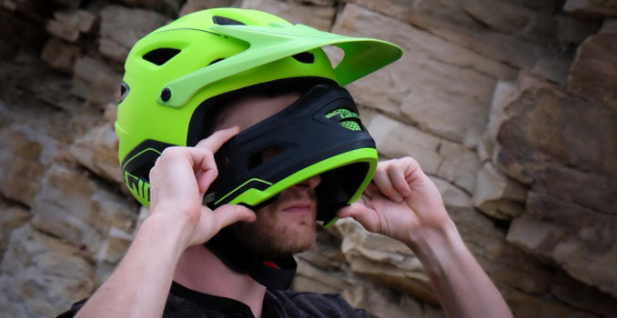 FULL FACE ENDURO MOUNTAIN BIKE HELMET